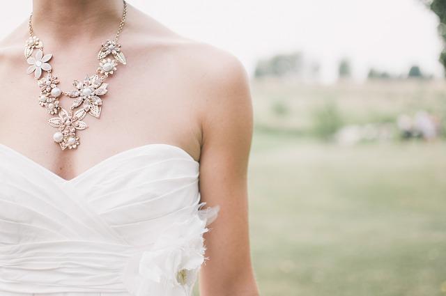 náhrdelník nevěsty