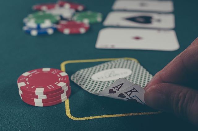 karty a žetony