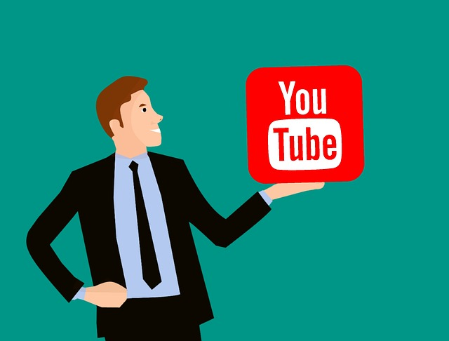 pan vyhledávač pozvedající platformu Youtube